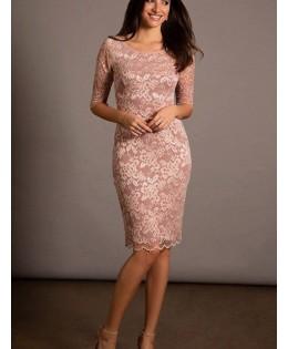 Új, fáradt rózsaszín csipke ruhák